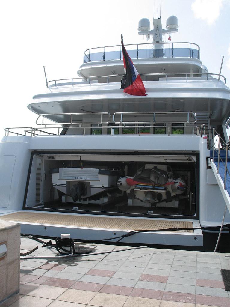 23 Super Yacht With 2 Boat Garage Dianes Photos Amp Videos Flickr