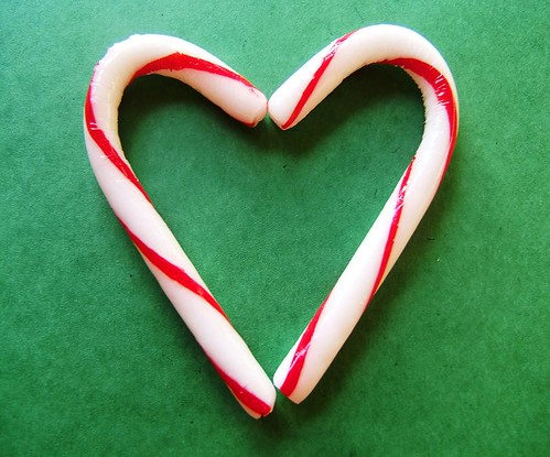 Christmas Heart The Symbolism Used In The Candy Cane Is
