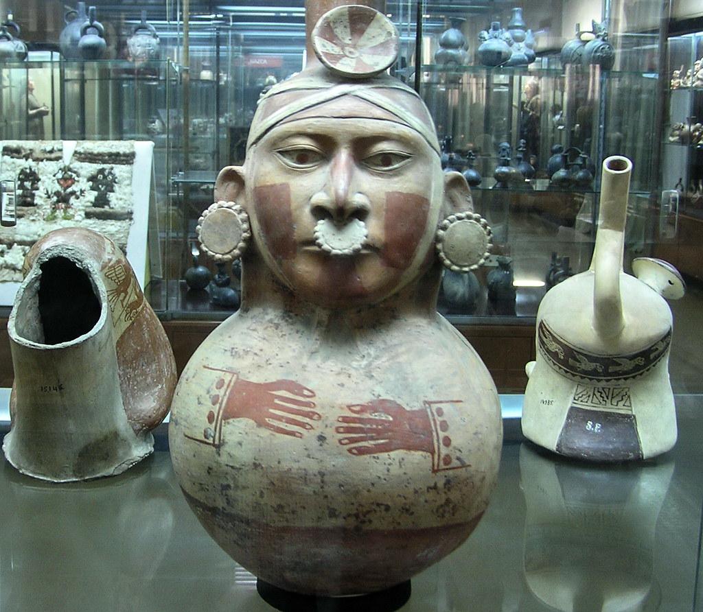 Ceramica Museo de Ciencias Naturales La Plata Argentina 120