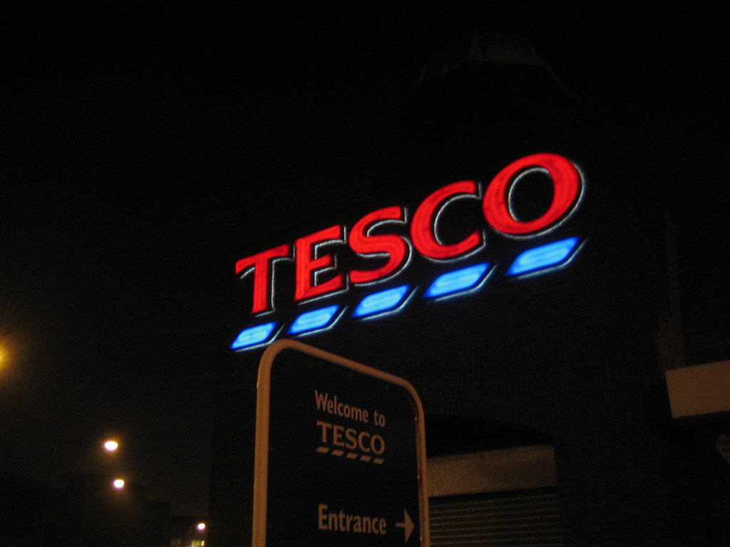 Tesco Tesco Bromley By Bow At Night Gordon Joly Flickr
