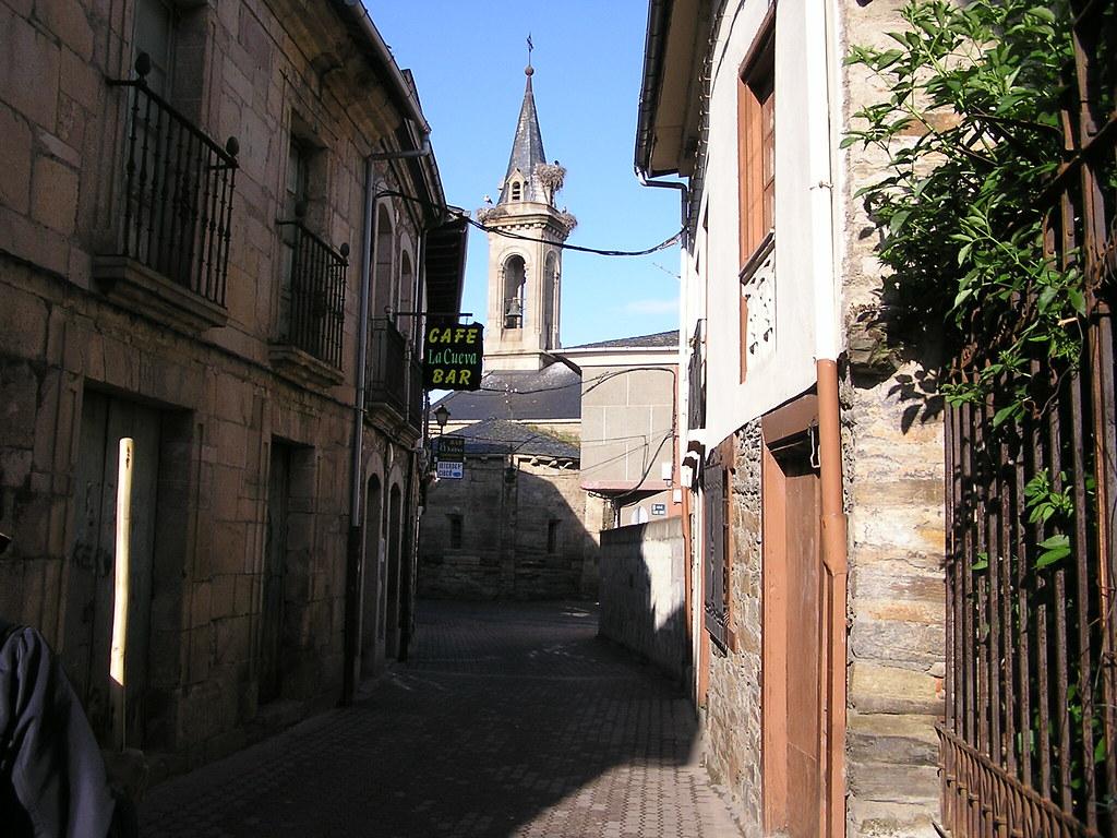 Iglesia Santa Maria de Cacabelos Leon 05
