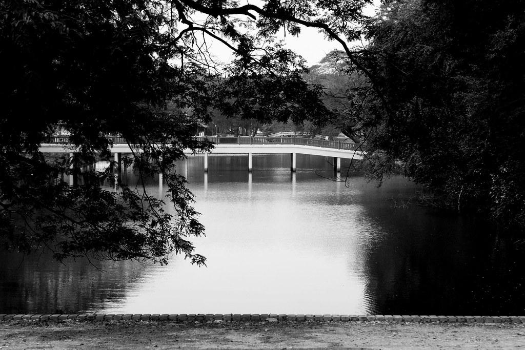 Thaïlande - Ayutthaya - 001 - Pont dans la vieille ville