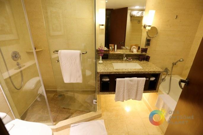 Manila Hotel Junior Suite-7.jpg