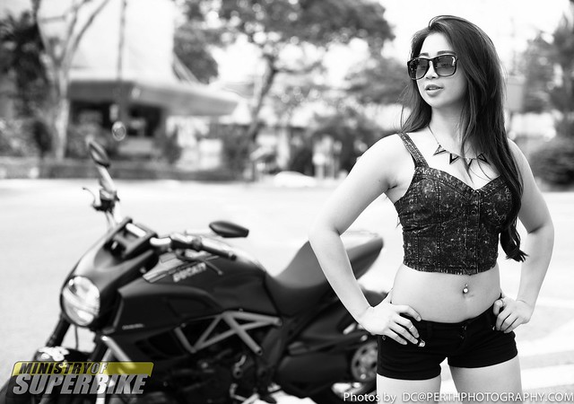 Angel with the Ducati Diavel Carbon