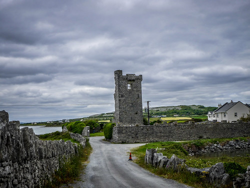 Caherloughlin Tower