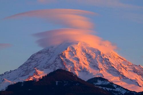 Mount Rainier Lenticular Clouds A Stack Of Lenticular