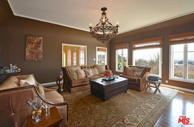 Eva Longoria Mediterranean-style home in Hollywood Hills 2