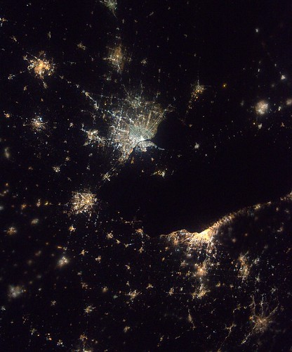 Detroit, Toledo and Cleveland from the International Space ...