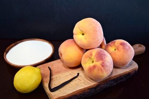 peaches, vanilla bean, lemon, and sugar
