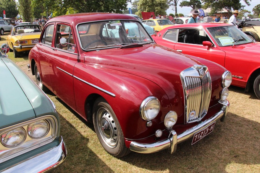 1961 austin cars » 1957 MG Magnette ZB Saloon   The MG was introduced in 1923        Flickr     1957 MG Magnette ZB Saloon   by Sicnag