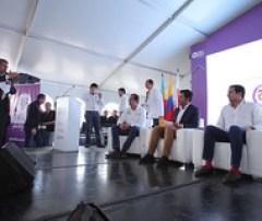 Ministro Luna enciende la primera Zona Wifi Gratis de Soacha