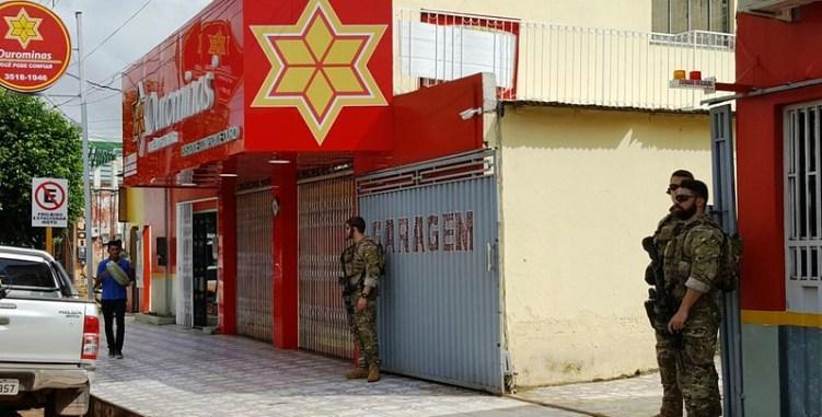 Polícia Federal realiza operação em Itaituba; Ourominas é alvo, PF em Itaituba