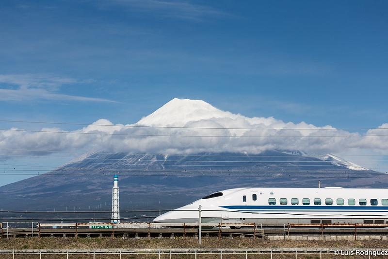 Shinkansen-Monte-Fuji-35
