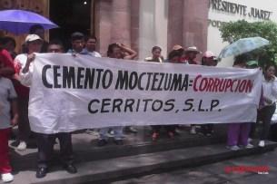 Se manifiestan habitantes de Cerritos contra cementera contaminante