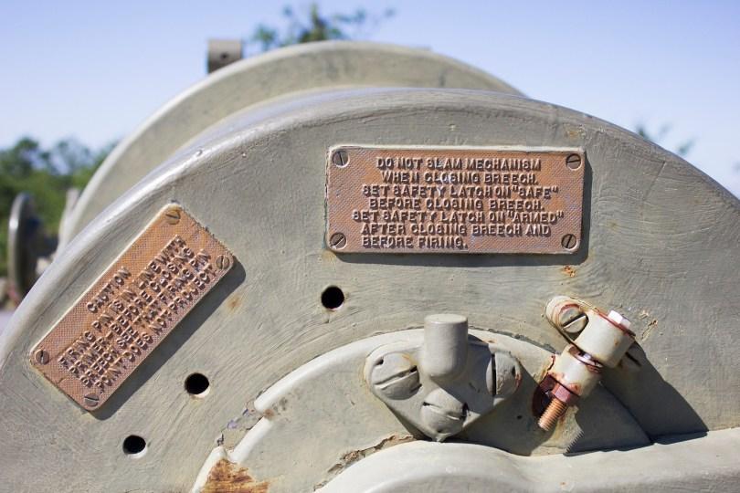 fort-miles-delaware-battery-gun-plates