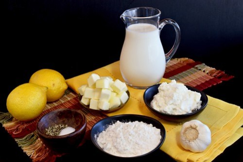 ingredients for the lemon-ricotta béchamel
