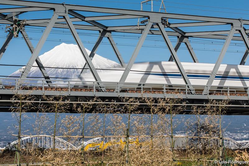 Shinkansen-Monte-Fuji-69
