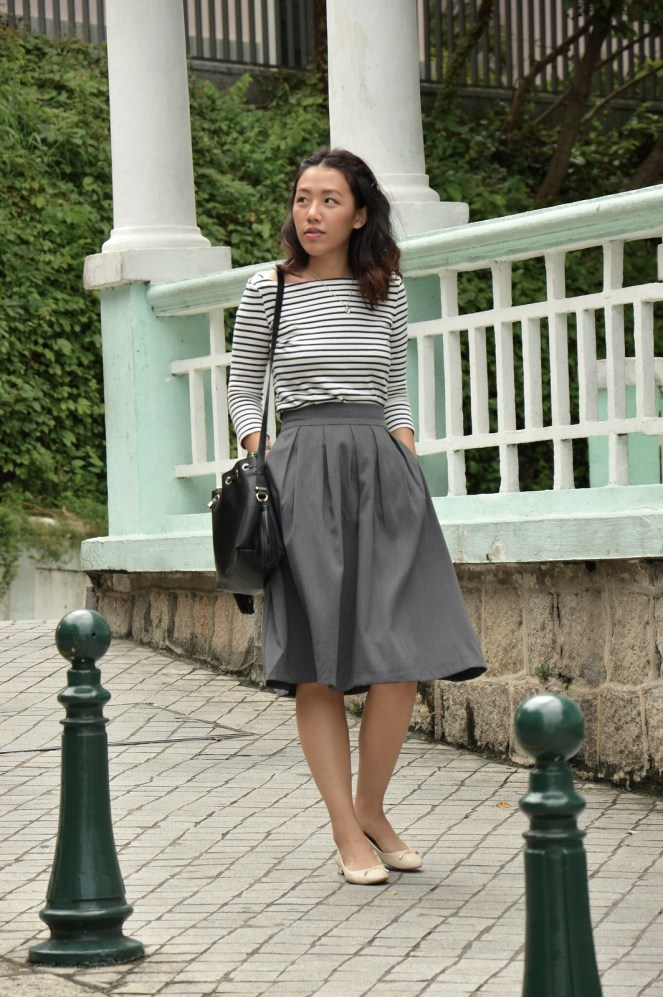 Uniqlo striped breton top, rockstar grey midi skirt, pink metallic stradivarius flats, classic style