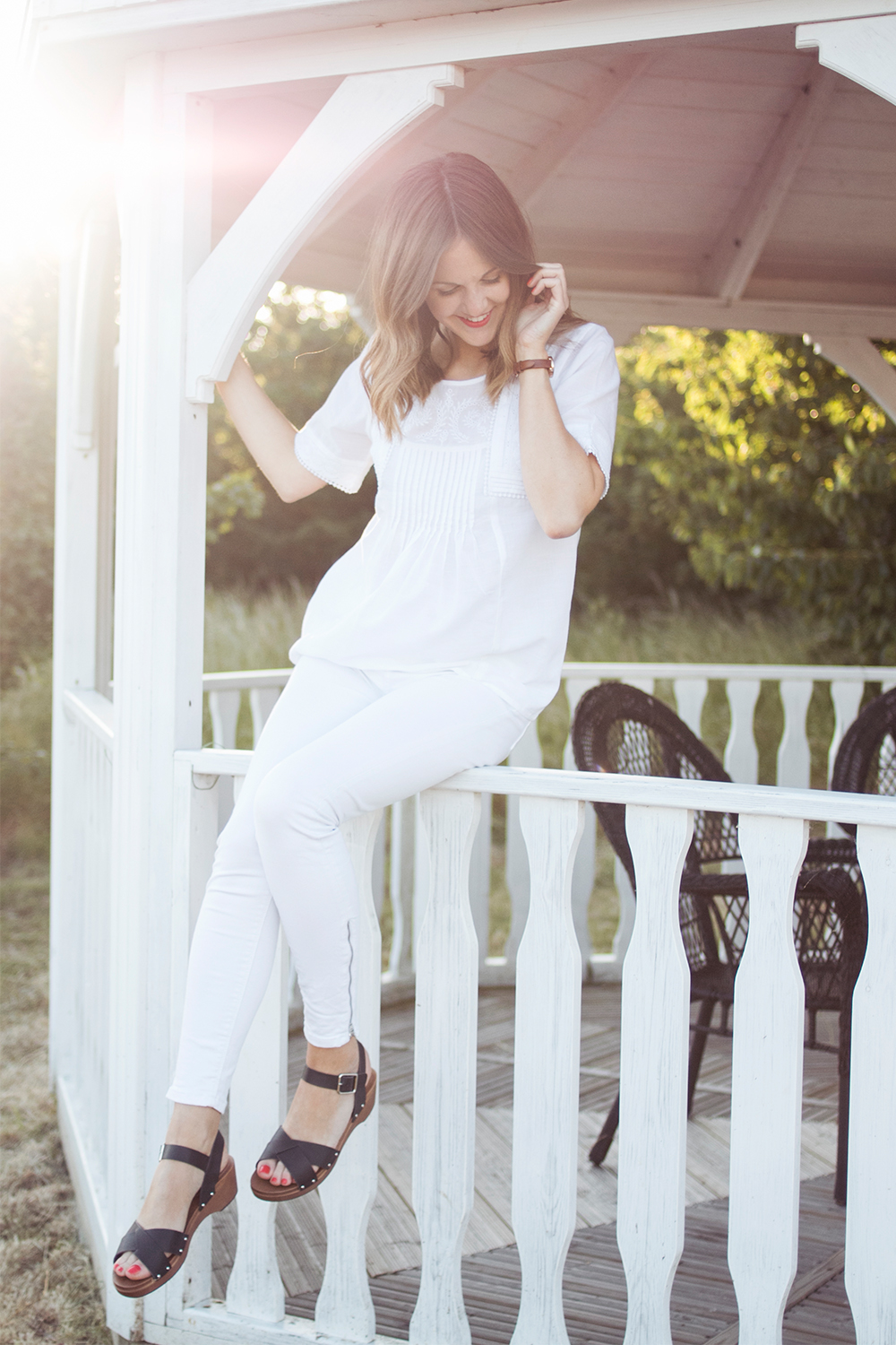 How to wear whit
