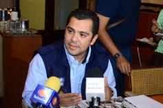 Enrique Flores