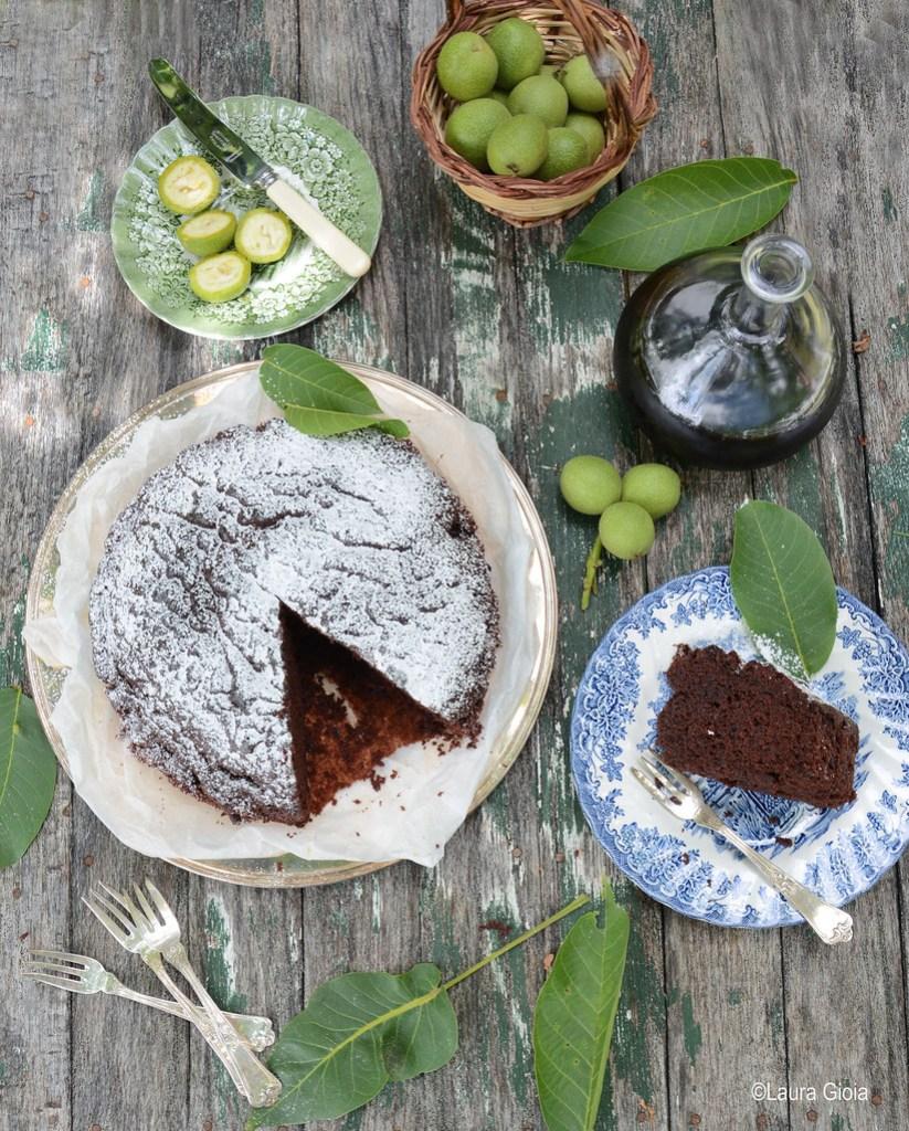 torta al nocino con ricotta e cioccolato