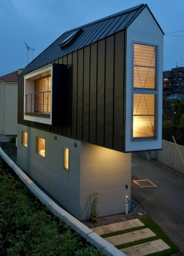 Stunning Narrow House Design Ideas
