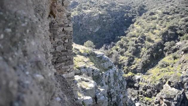 precipicio desde el castillo de montalban