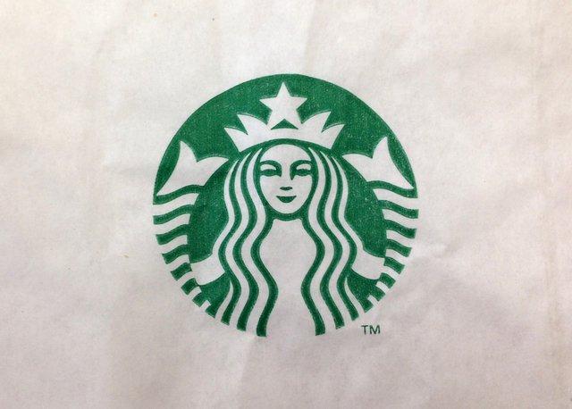 Starbucks 007