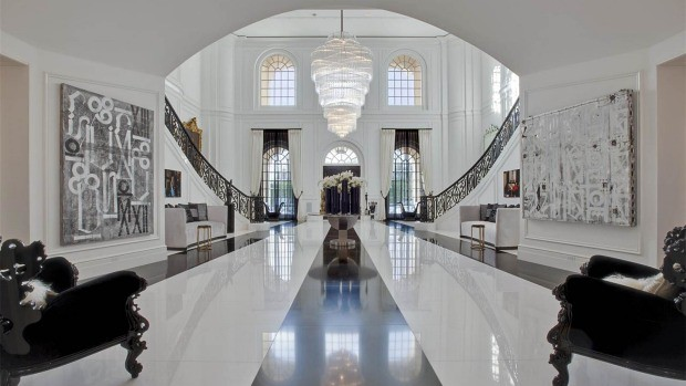David and Victoria Beckham buying the most expensive house in the US 2