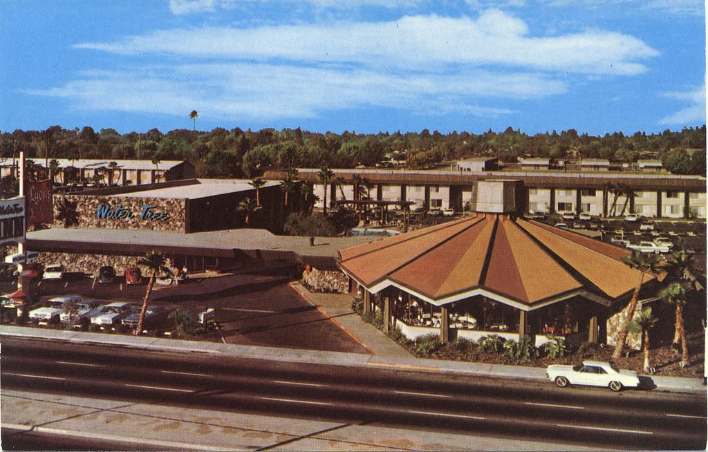 Old Postcard Of The Water Tree Inn Fresno CA Still Open