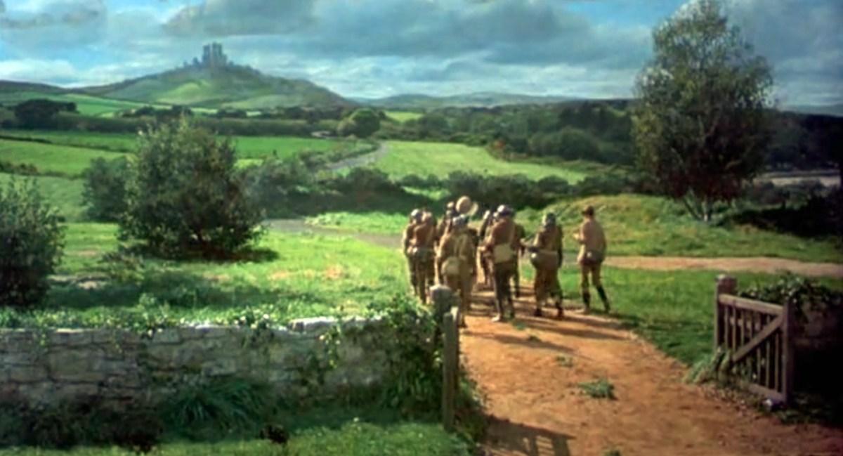 "Corfe Castle - La Bruja Novata - Inglaterra castillo de corfe Escenarios de ""La Bruja Novata"" – Castillo de Corfe 32050387793 2250efda7a o"