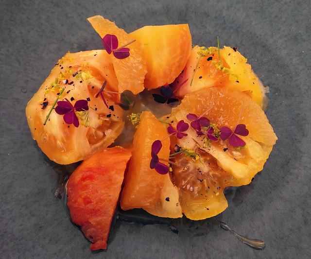 Tomato, beet, clementine