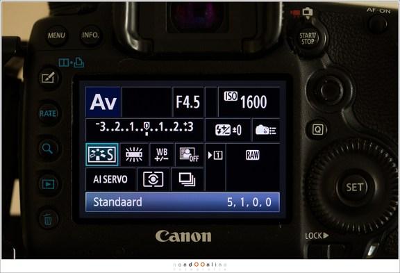Zet het bestandsformaat altijd op RAW om het uiterste uit je foto te kunnen halen. Het is je 'digitale negatief'. De