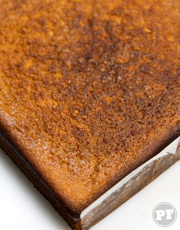 Butter Mochi: Bolo de Arroz Glutinoso e Coco do Hawaii por PratoFundo.com