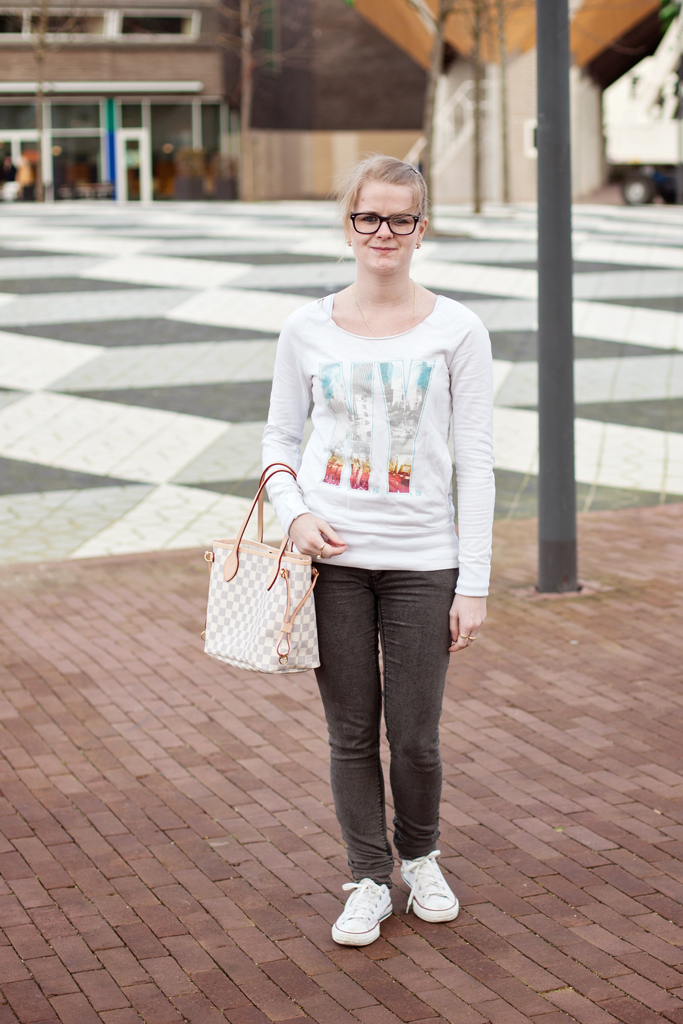 Outfit: Simple in the city @ foreverpetite.net