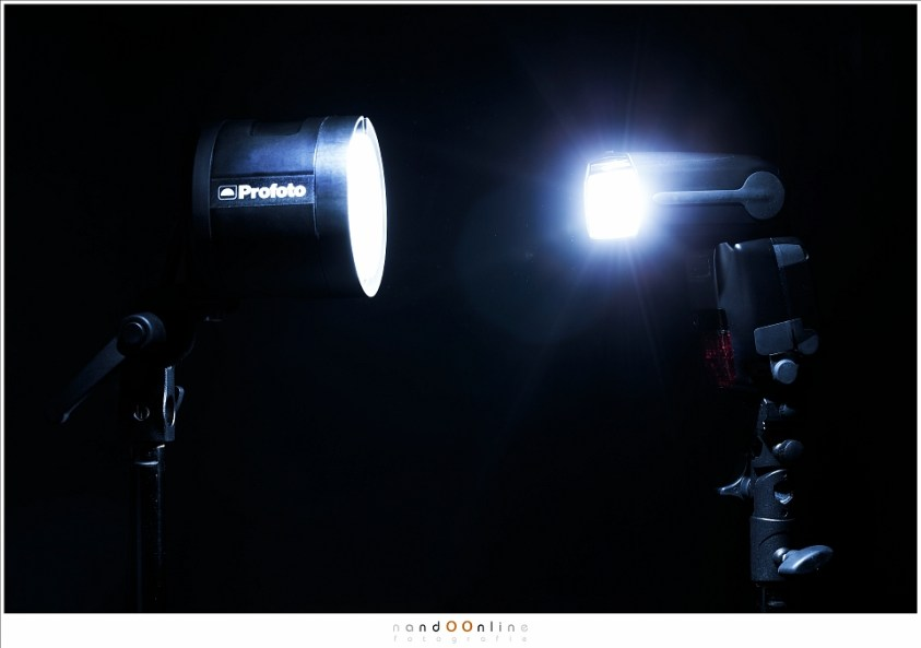 De Profoto B2 (links) met de Canon Speedlight 600EX-RT (rechts)