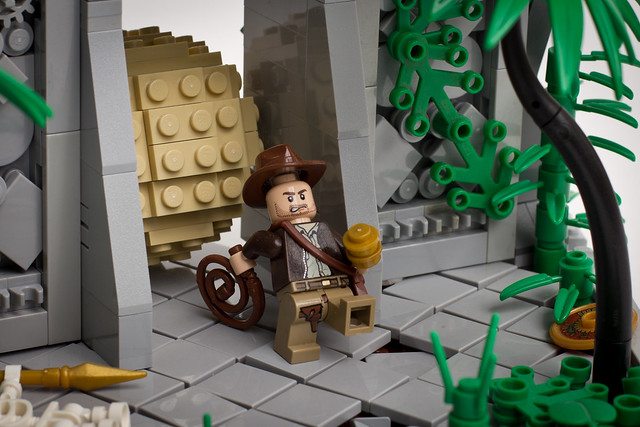 Indiana Jones temple escape