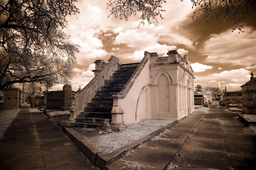 Highsmith, Carol M, photographer. Cities of the Dead Cemetery tombs, New Orleans, Louisiana. 2007.