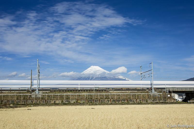 Shinkansen-Monte-Fuji-38