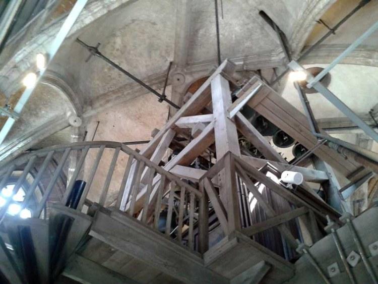 Binnenzicht van Sint-Romboutstoren te Mechelen