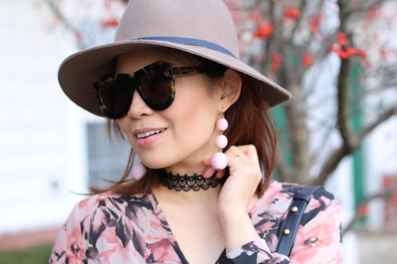 karen-walker-sunglasses-floppy-hat-bauble-bar-earrings-5
