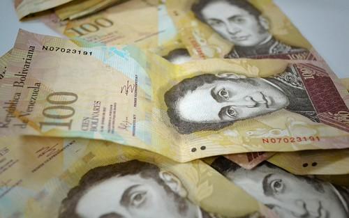 La eliminación del billete de cien bolívares enseñó una dura fragilidad: la baja tasa de bancarización.