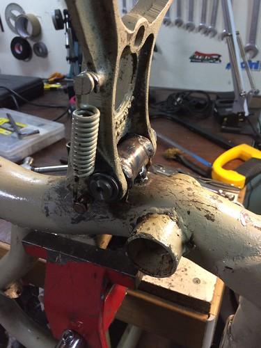 Riparazione cavalletto Lambretta 150D