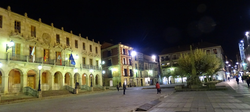 Soria Plaza Mayor Ayuntamiento o Palacio de los Doce Linajes 03