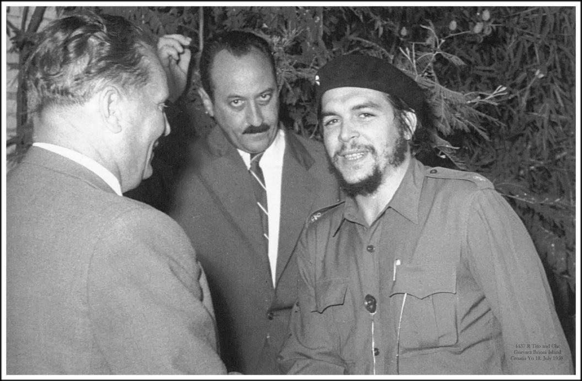 4437 R Josip Broz Tito and Che Guevara Brioni Island Croatia Yu 18. July 1959.
