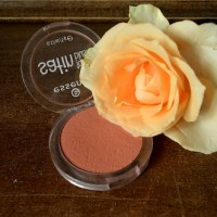 Beauty: Essence - Satin Touch Blush