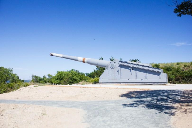 fort-miles-delaware-battery-side-gun