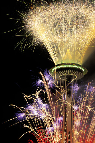 Space Needle Fireworks Display | Seattle's Space Needle ...