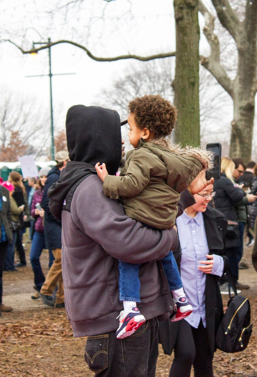 womens-march-2017-philly-philadelphia-father-son