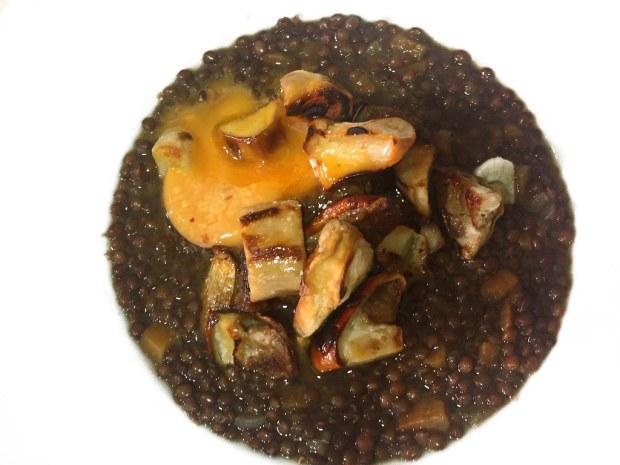 Lentejas caviar con boletus